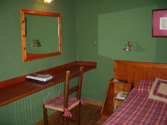 Hotel Aran La Abuela: Buhardilla 2
