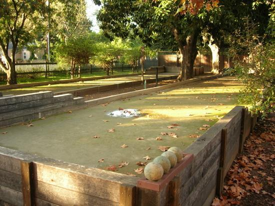 Seghesio Family Vineyards: Bocce courts