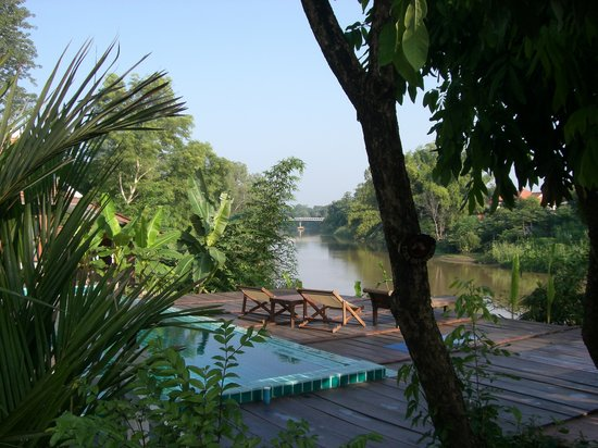 Tonnam Homestay: View of the river from the deck.