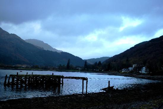 Claymore Hotel: loch long