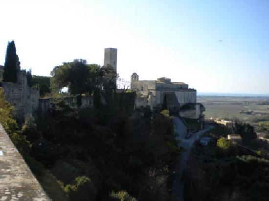Tarquinia, อิตาลี: view from an overlook on the walls
