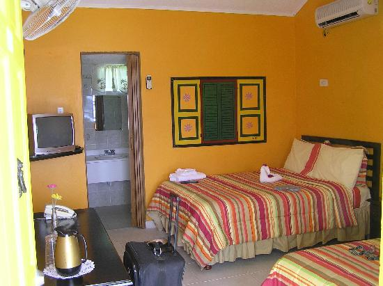 Port Maria, Jamaica: Typical room