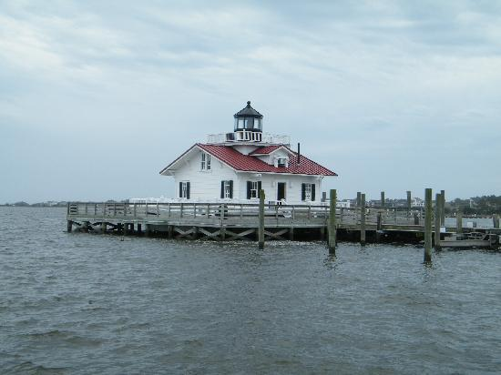 roanoke marshes lighthouse in manteo picture of holiday. Black Bedroom Furniture Sets. Home Design Ideas