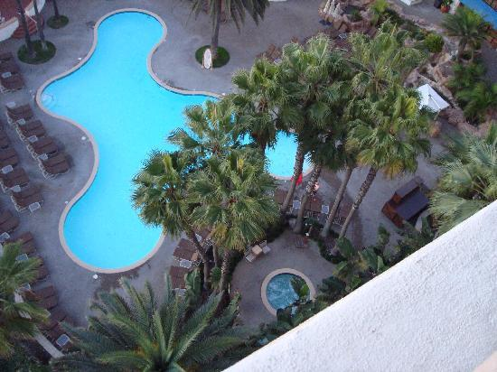 The Waterfront Beach Resort, A Hilton Hotel: Pool view from our room
