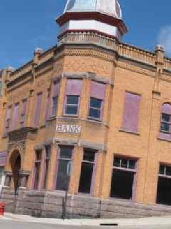 Montevideo, MN: Historic archtecture