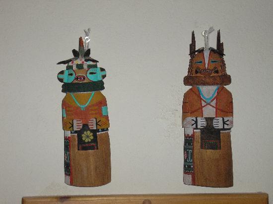 Kykotsmovi Village, อาริโซน่า: Traditioanl Hopi Kachina Flat Dolls