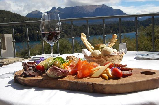 Aldebaran Hotel & Spa: Enjoy our snacks & tapas