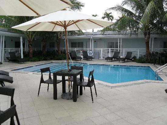 Orchid Key Inn: the pool
