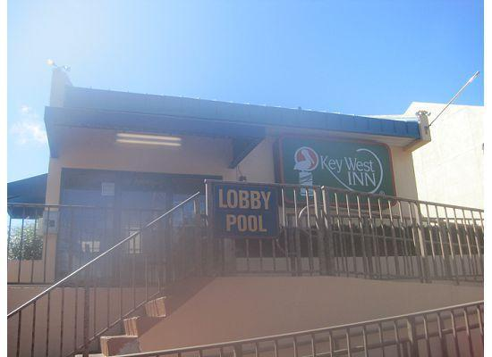 Key West Inn - Key Largo: Lobby