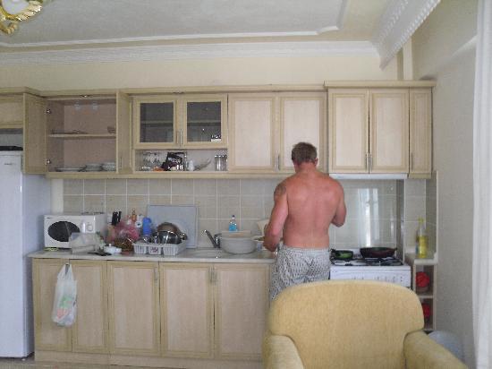 Aegean Park: Clean Modern Kitchen