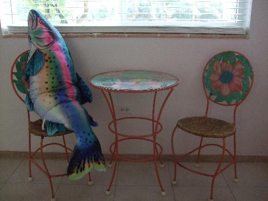 Ocean View Inn and Sports Pub : The fish at the table.