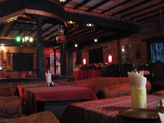 Bhoe Chhen: Interior