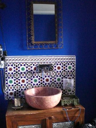 Cherrycake & Chocolate: Beautiful tile