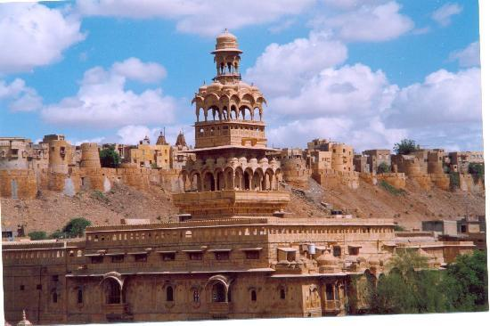 Hotel Shanti Residency: Jaisalmer Fort Wall