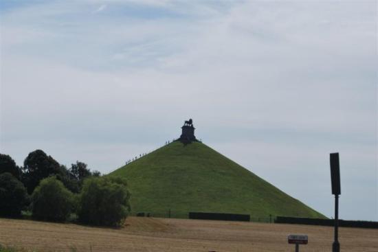 Brocante du Lion: Napoleon's Waterloo