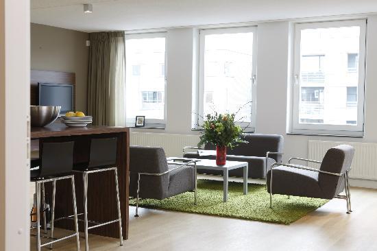 De Lastage Apartments: Living
