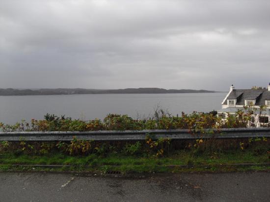 Wayside Guest House: View across Loch Gairloch