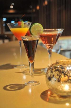SKKY Hotel: Volare Euro Bar