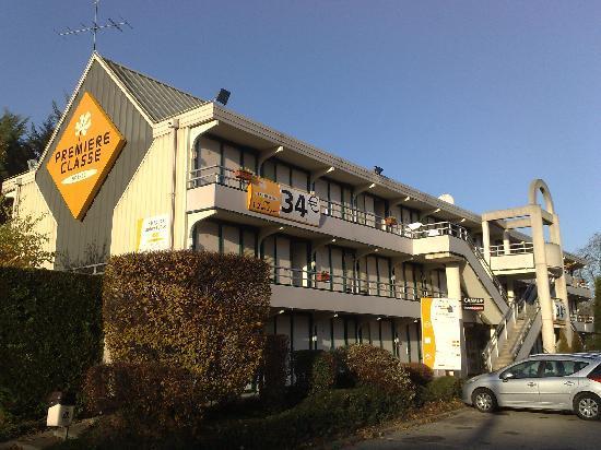 Hotel Premiere Classe Vichy - Bellerive Sur Allier : Façade de l'hotel