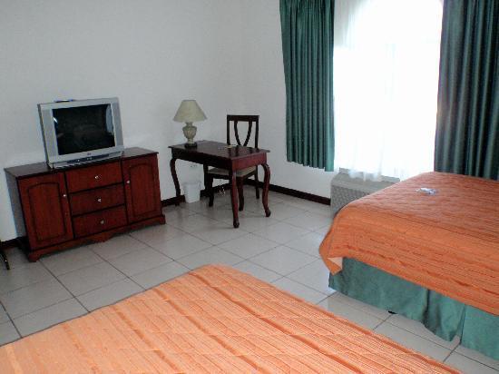 Hotel Mirador Plaza: Hotel room