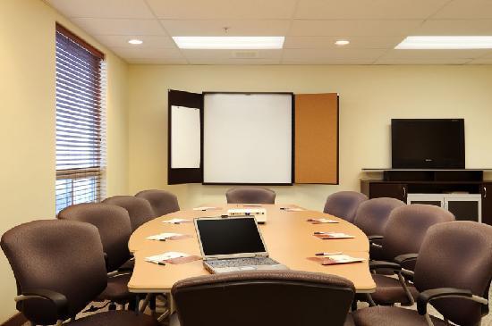 Days Inn Grande Prairie: Meeting Room