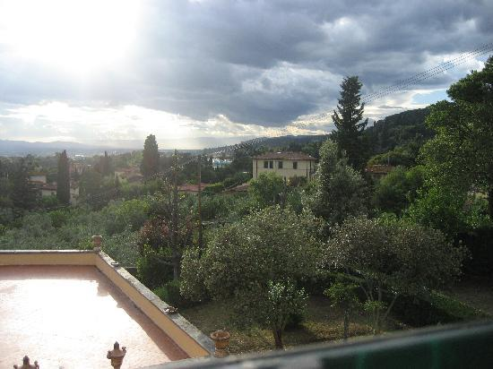 Villa I Cancelli: View from our corner room