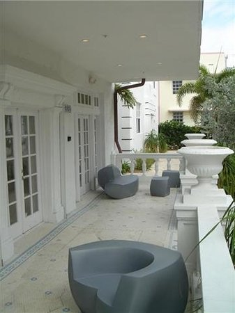 Photo of The Fountain Condominium Hotel Miami