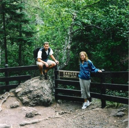 มาร์แกตต์, มิชิแกน: HIKING the Porcupine Mountains.