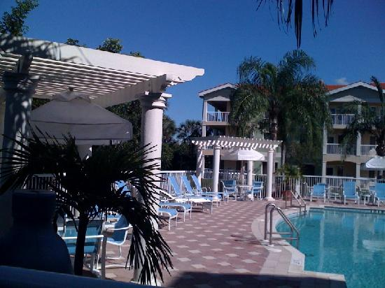 Doubletree Suites by Hilton Naples: Lovely pool