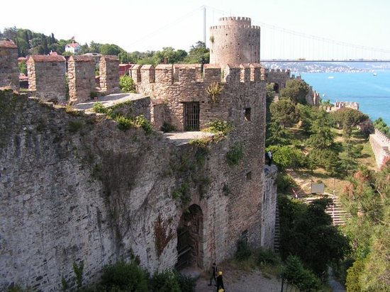 Rumeli fortress (Rumelihisarı) on the european side of the Bosporus