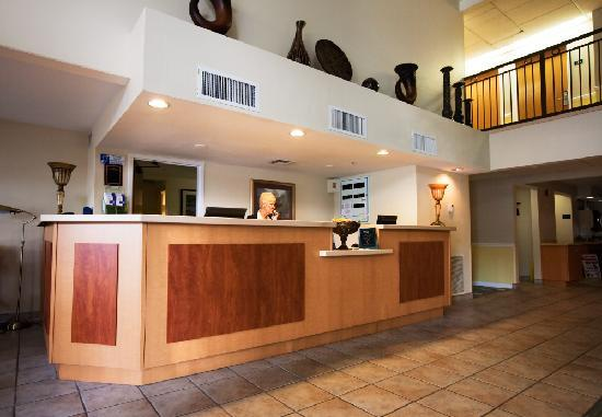 Holiday Inn Express - Ocala Midtown Medical - US 441: Reception Area
