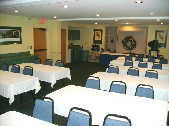 Holiday Inn Express - Ocala Midtown Medical - US 441: Meeting Room