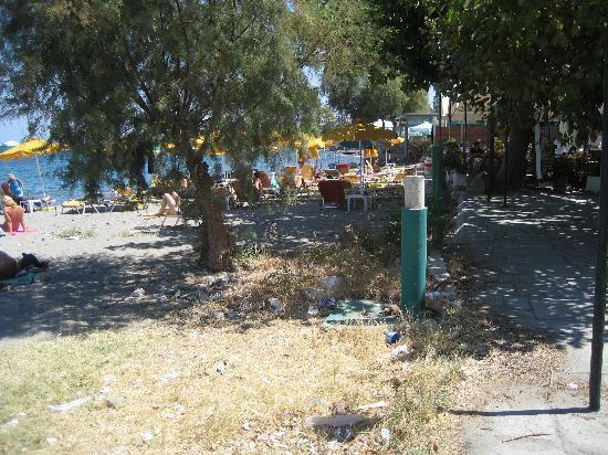 Galaxy Hotel: Kos town beach