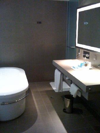 Hotel Novotel Taipei Taoyuan International Airport: Executive Floor suite bath