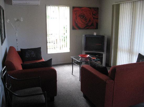 لوجانو موتور لودج: Our living room