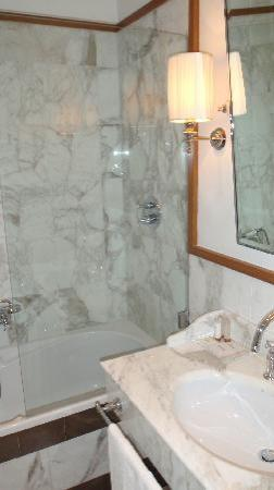 Starhotels Savoia Excelsior Palace: Bathroom