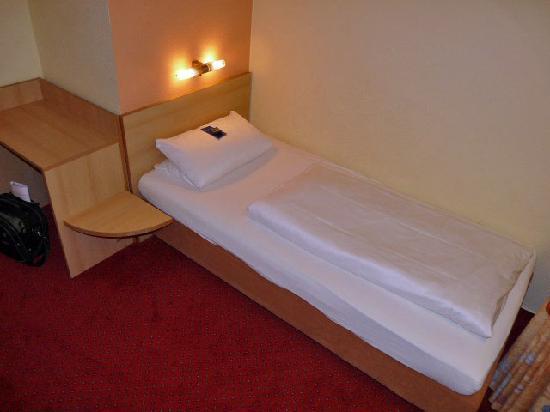 Comfort Garni Hotel Stadt Bremen : Comfort Garni Stadt Bremen Bielefeld Einzelbett