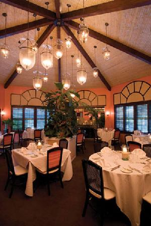 Maison martinique restaurant the bamboo room