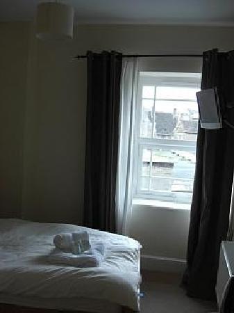 The Cornerhouse: single bedroom