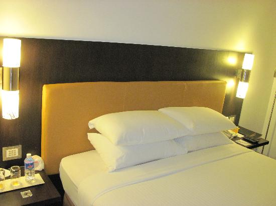 Iris - The Business Hotel and Spa: room