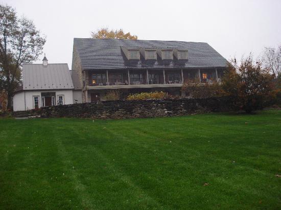 Pheasant Run Farm: la casa dal prato