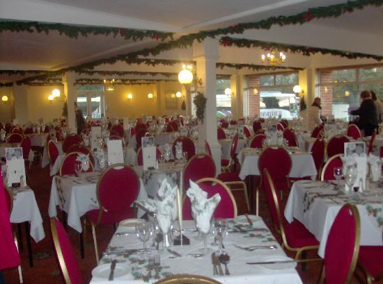 Yarmouth, UK : DINING ROOM