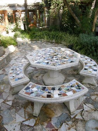 Hotel El-Djazair Ex Saint George: The beautiful garden of Hotel El Djazair
