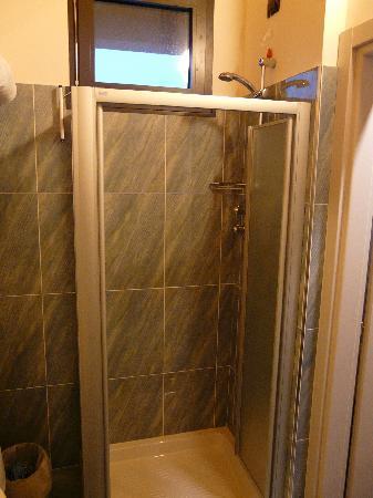 Hotel Continental : camera 323 bagno