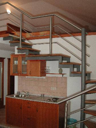 Residence Astoria: Apartment kitchen