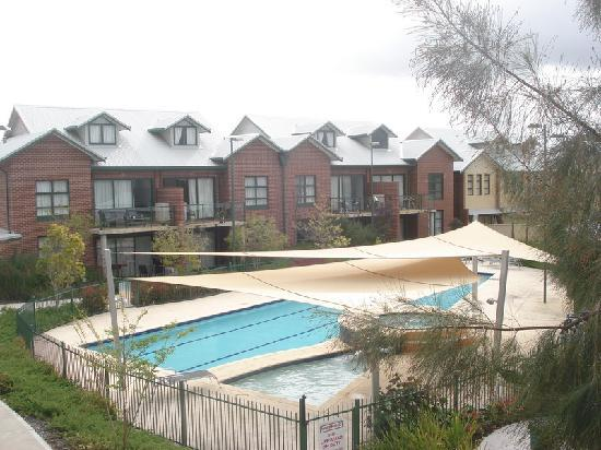 BEST WESTERN PLUS Ascot Serviced Apartments: Perth - Ascot: Quest Ascot Village - view  from room.
