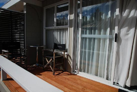Accent on Taupo Motor Lodge : In Front of The Room