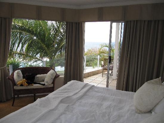 Ocean Watch Guesthouse: Room