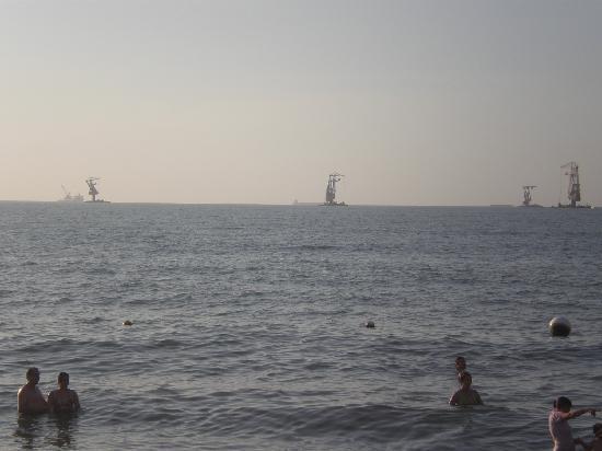 Decameron Galeón: barcos carboneros