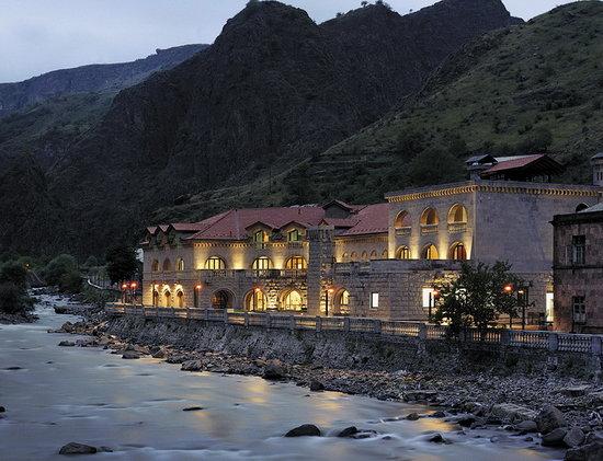 Tufenkian Avan Dzoraget Hotel